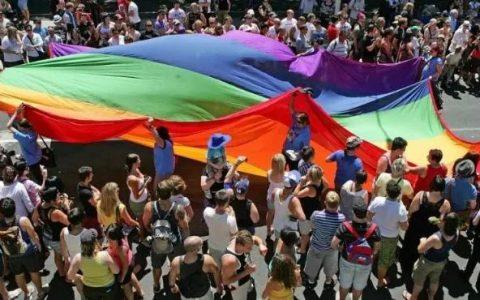 带上你的同性恋人一起去澳大利亚吧!