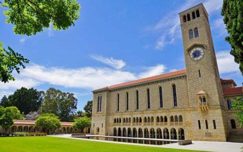 全球100强西澳大学给中国留学生发钱了!最高$45000刀!整个留学圈都沸腾了
