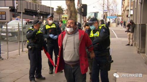 墨尔本今天居然有反口罩集会!悉尼数百学生遭隔离,澳洲边境要明年中才开放……