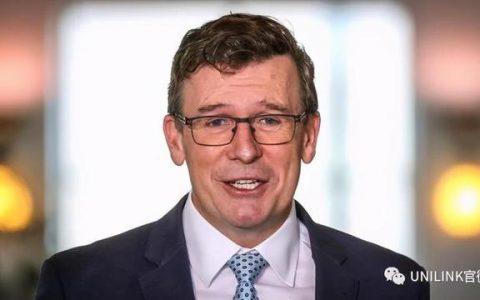 澳洲移民部长可能要被。。开除了