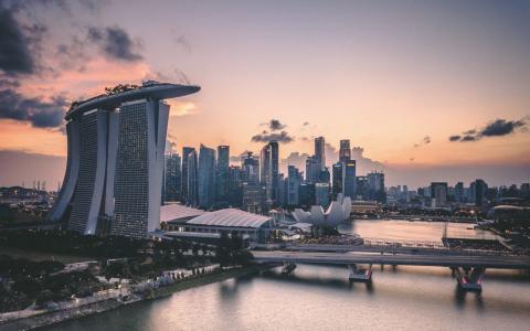 莫里森计划把新加坡当中转站,让留学生从第三国返澳……