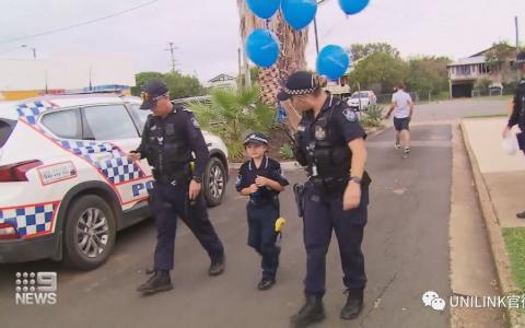 7岁的警察,8岁的火警,这里是澳大利亚。