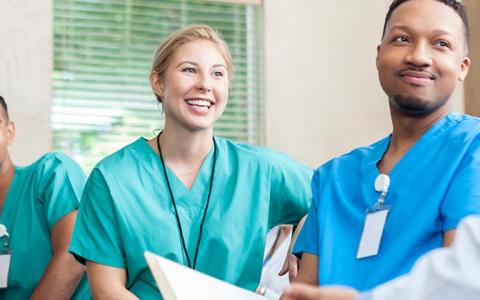 如何进入澳大利亚的医学院就读